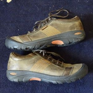 Keen Austin Brown Leather Trail Shoes Size 11.5